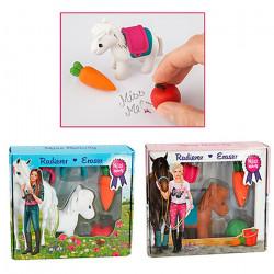 Ensemble de mini gommes equestres